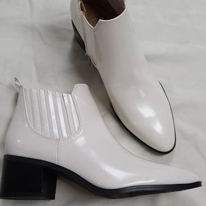Franco Sarto new white booties size 8 boots